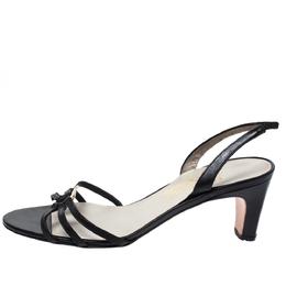 Salvatore Ferragamo Black Leather Strappy Gancini Logo Sandals Size 38.5 272047