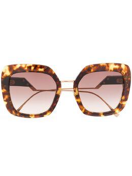 Fendi Eyewear массивные солнцезащитные очки черепаховой расцветки 2015270865