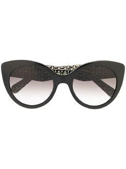 Salvatore Ferragamo солнцезащитные очки SF964S в оправе 'кошачий глаз' SF964S