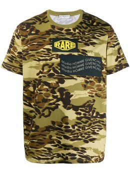 Givenchy футболка с камуфляжным принтом BM70V012P5