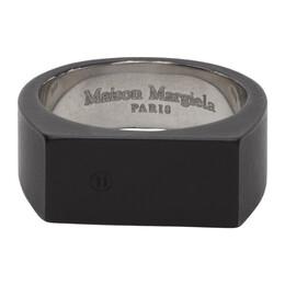 Maison Margiela Black Signet Ring S30UQ0058 S12659