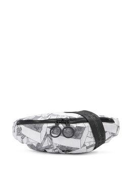 Off-White поясная сумка с графичным принтом OMNA074R20E480339908
