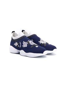 Monnalisa кроссовки с цветочной вышивкой 8750205717