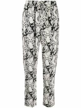 See By Chloe зауженные брюки с абстрактным принтом CHS20PA08038
