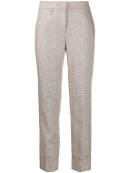 Lorena Antoniazzi прямые брюки с декором в виде звезды P2028PA0383208