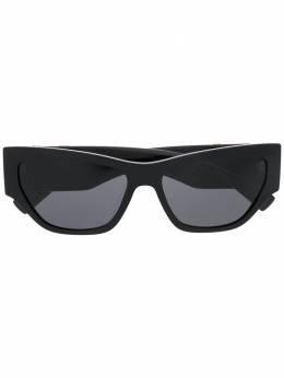 Versace Eyewear солнцезащитные очки в овальной оправе VE4385