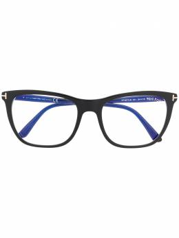 Tom Ford Eyewear очки в оправе 'кошачий глаз' FT5672B