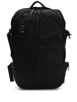 C.P. Company рюкзак с нашивкой-логотипом и пряжкой CMAC226A005269G