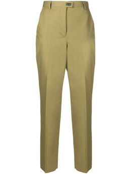 Salvatore Ferragamo брюки кроя слим с декором Gancini 728305