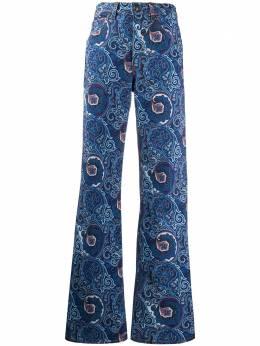 Etro расклешенные джинсы с принтом пейсли 137059830