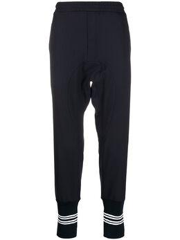 Neil Barrett спортивные брюки с отделкой в полоску PBPA740XHN029
