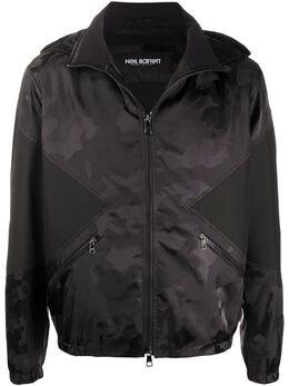 Neil Barrett куртка с капюшоном и камуфляжным принтом PBSP479CN015C