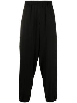 Yohji Yamamoto спортивные брюки с эластичным поясом HNP03240