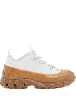 Burberry кроссовки Arthur на шнуровке 8020676