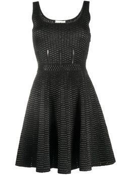 Alexander McQueen короткое платье с геометричным узором 622714Q1ANX