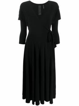 Norma Kamali платье с запахом и V-образным вырезом KK1203PL220001