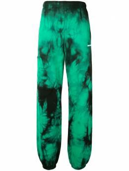 Off-White спортивные брюки с принтом тай-дай OMCH027S20E300204400