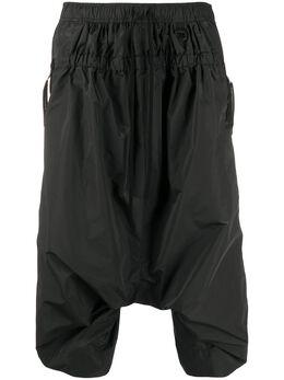 Julius укороченные брюки с низким шаговым швом 700PAM5