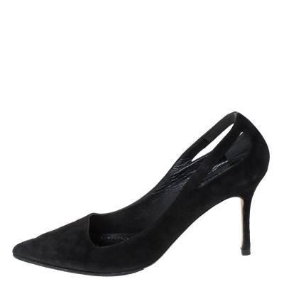 Manolo Blahnik Black Suede Cut Out Detail Pointed Toe Pumps Size 39 294462 - 1