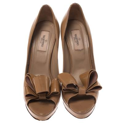 Valentino Beige Patent Leather Bow Peep Toe Platform Pumps Size 39 294316 - 2