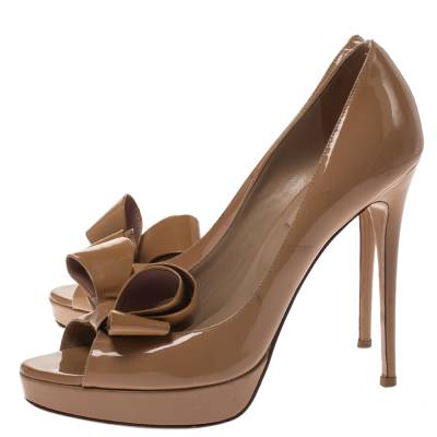 Valentino Beige Patent Leather Bow Peep Toe Platform Pumps Size 39 294316 - 3
