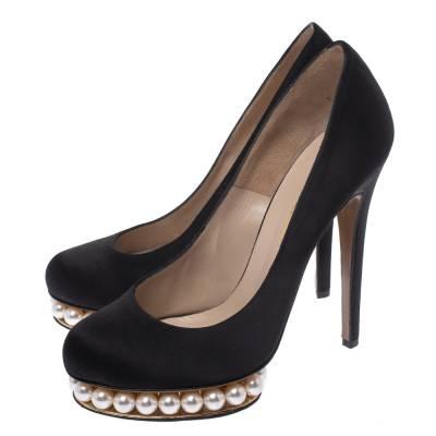 Nicholas Kirkwood Black Satin And Faux Pearl Embellished Platform Pumps Size 38 292001 - 3