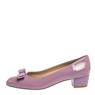 Salvatore Ferragamo Pink Patent Leather Vara Bow Block Heel Pumps Size 40.5 294418 - 1