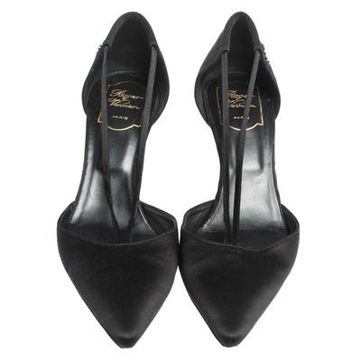 Roger Vivier Black Satin V Strap Pointed Toe Pumps Size 40 294635 - 2