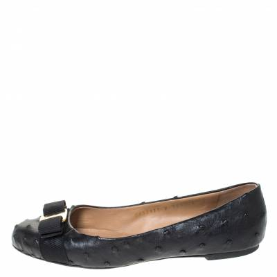 Salvatore Ferragamo Black Ostrich Leather Varina Ballet Flats Size 38.5 294478 - 1