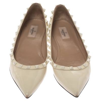 Valentino Offwhite Patent Leather Rockstud Pointed Toe Ballet Flats Size 40.5 293770 - 2