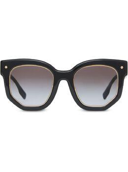 Burberry солнцезащитные очки 4081121 в геометричной оправе