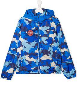 Moncler Kids куртка с камуфляжным принтом F19541A71520539TQ