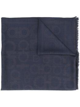 Salvatore Ferragamo шарф с узором Gancini и бахромой 733343