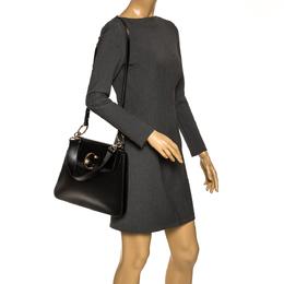 Chloe Black Leather Medium C Shoulder Bag 295994