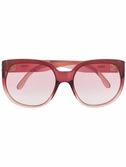 Fendi Eyewear солнцезащитные очки в массивной оправе с градиентными линзами FF0403GS