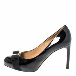 Salvatore Ferragamo Black Patent Leather Vara Bow Platform Pumps Size 40 296971