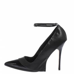 Manolo Blahnik Patent Leather Tracy Ankle Strap Pointed Toe Pumps Size 40.5 299426