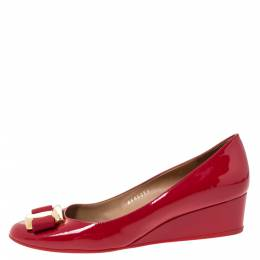 Salvatore Ferragamo Red Patent Vara Bow Wedge Pumps Size 39.5 300291