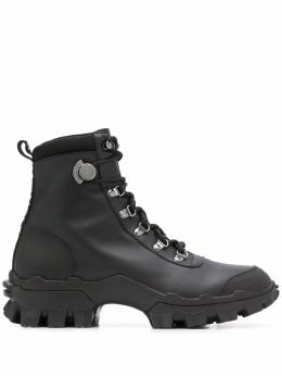 Moncler classic hiking boots 4G7060002S6J