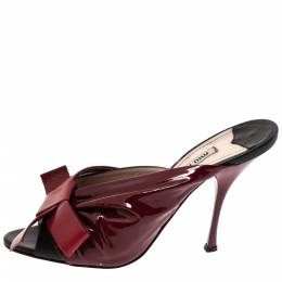 Miu Miu Red And Black Ruched Patent Leather Bow Embellished Mules Size 39 303585