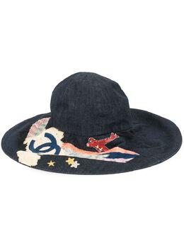 Chanel Pre-Owned шляпа с вышивкой и логотипом CC HAS