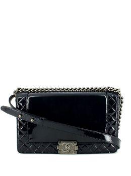 Chanel Pre-Owned сумка на плечо Chanel Boy 327650