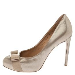 Salvatore Ferragamo Metallic Beige Leather Carla Vara Bow Pumps Size 37.5 181262