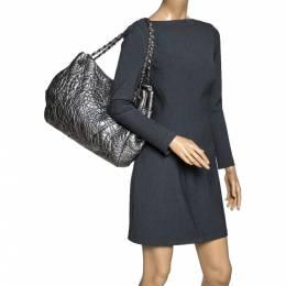 Chanel Silver Camellia Embossed Patent Leather Shoulder Bag 320612