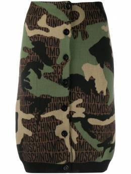 Moschino юбка-карандаш с камуфляжным принтом A01805502
