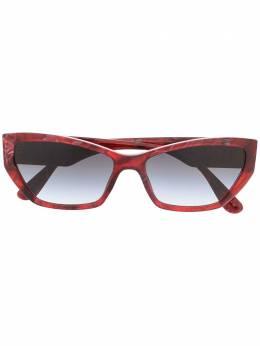 Dolce&Gabbana Eyewear широкие солнцезащитные очки в оправе 'кошачий глаз' DG437532528G