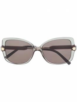 Versace Eyewear солнцезащитные очки VE4390 в оправе 'бабочка'