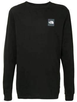 The North Face футболка с нашивкой-логотипом NF0A4M4QJK3