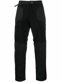 White Mountaineering брюки кроя слим со вставками AW20WM2073405