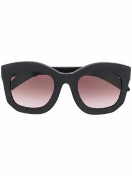 Kuboraum солнцезащитные очки в массивной оправе MASKEB2